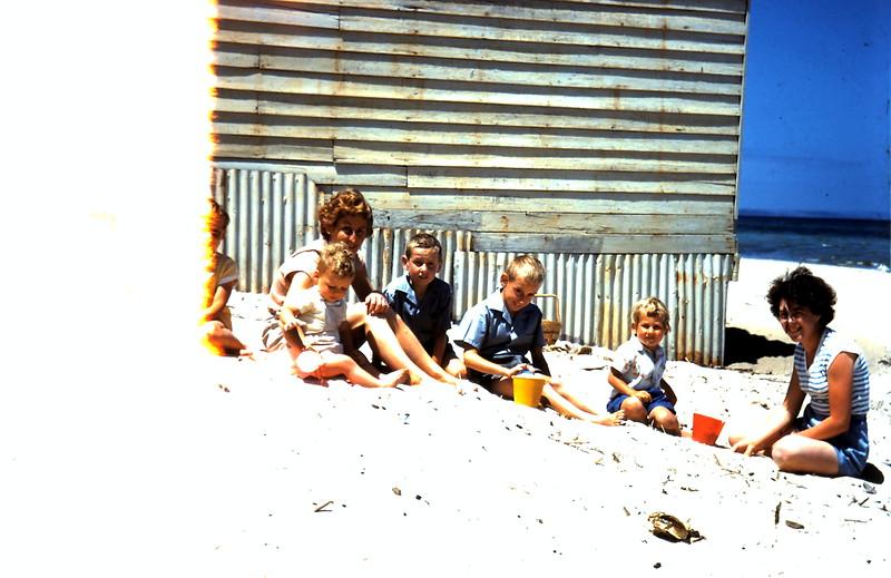 1960-12 (23) Mrs Holzer, Mary & children @ beach.JPG
