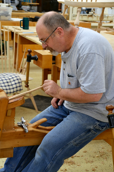 Making a Windsor Settee Part II with Wright
