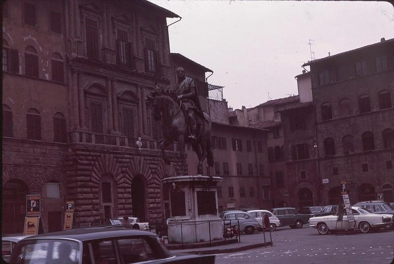 1965 02 Italy Florence 3.jpg