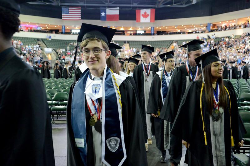 VHS-Graduation_002.jpg