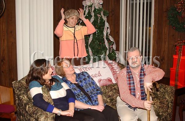 12-13-13 NEWS Christmas With the Grumps