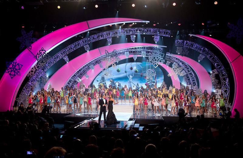 Miss-Universe_121912pt_05.JPG