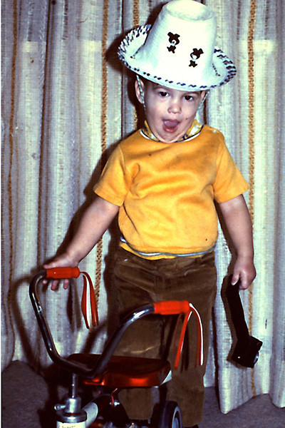 Randy 16 mos with trike Richfield Fremont house livingroom.jpg