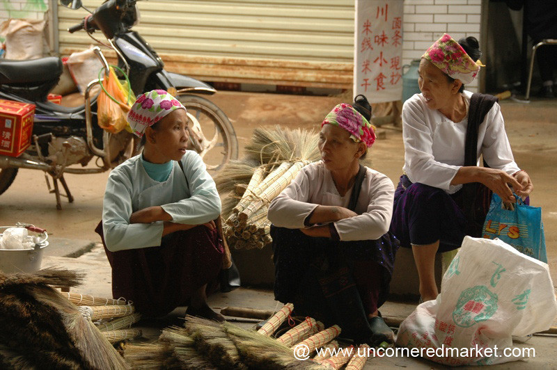 Vendors Chatting, Menghun Market - Xishuangbanna, China