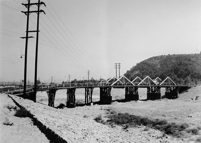 Wooden bridge at Avenue 52 over Arroyo Seco