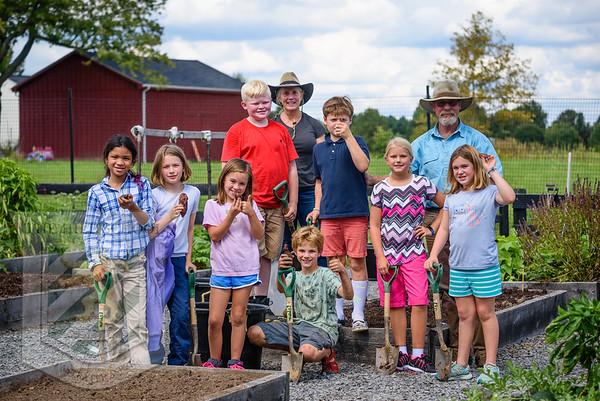 4th Grade - Digging Potatoes