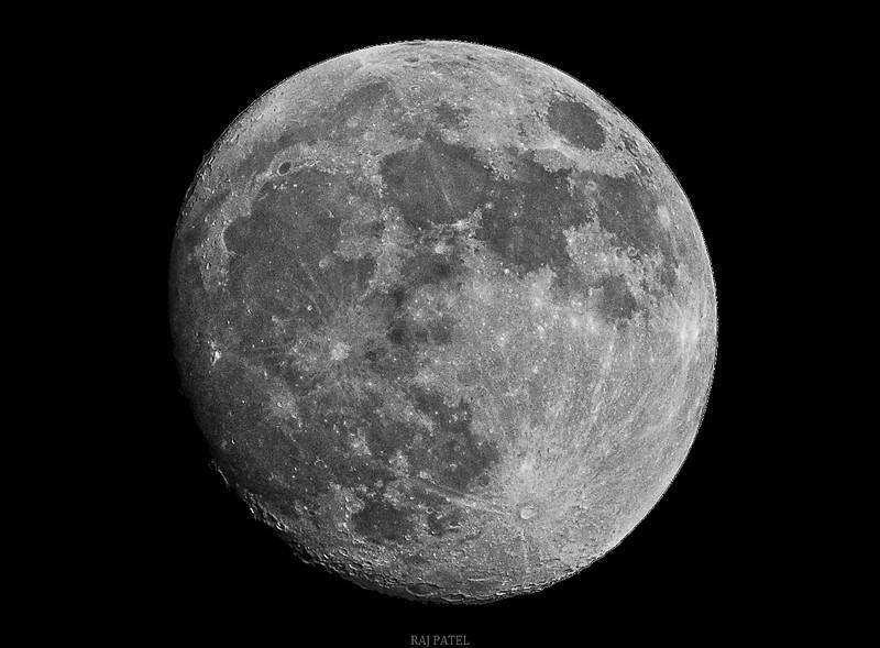 Moon26022010.jpg