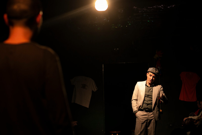 Allan Bravos - Fotografia de Teatro - Indac - Migraaaantes-296.jpg