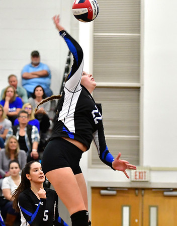10/30/2019 Mike Orazzi | StaffrBristol Eastern's Hannah Webber (22) during Wednesday night's volleyball match at Bristol Central.