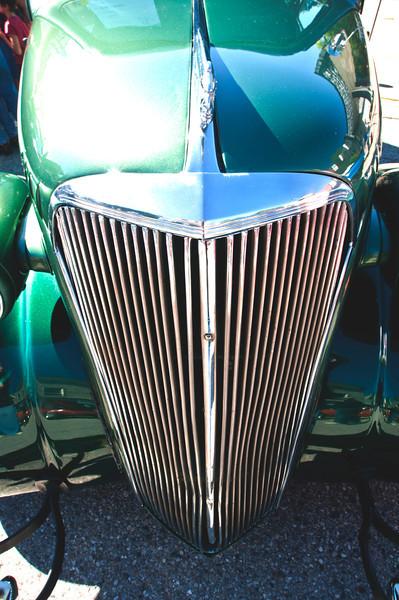 Car grill .jpg