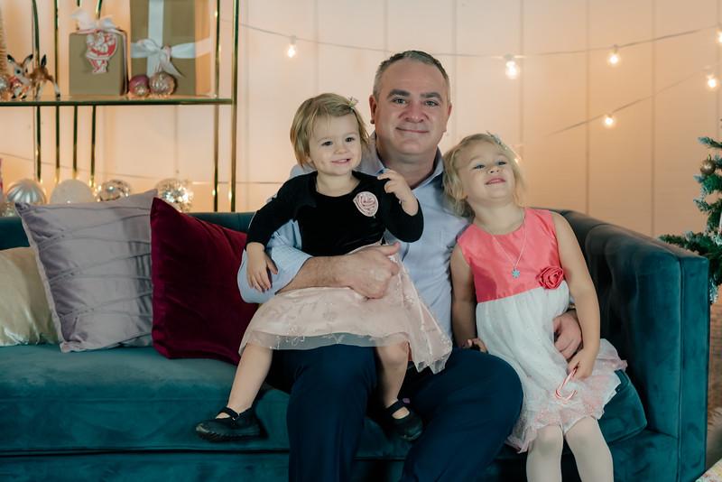 Therrien Family December 2020-8.jpg