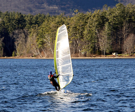 warm temperatures and Wind surfing in November 111813