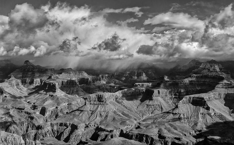 2017-03-21-Grand-Canyon-461_Aurora2017_HDR-Edit.jpg