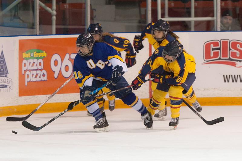 20130310 QWHockeyvsUBC 688.jpg