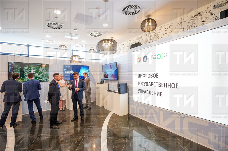 09.07.2020 - Мишустину представили разработки Татарстана в сфере блокчейна, медицины, госуслуг (фото Салават Камалетдинов)