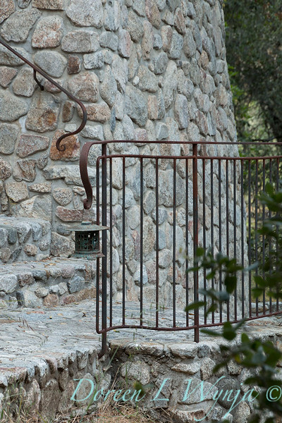 Stonewaok wall and pathway - forged iron railing_5764.jpg