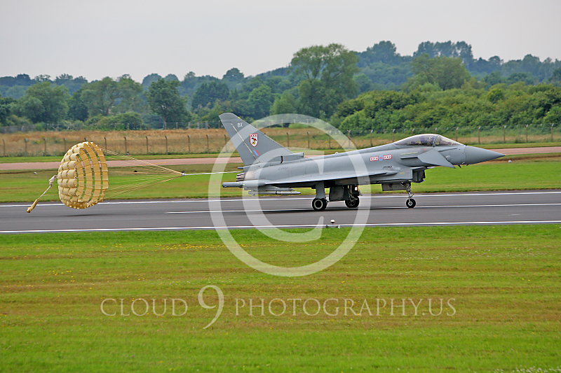 CHUTE 00102 Eurofighter Typhoon British Royal Air Force ZJ920 by Peter J Mancus.JPG