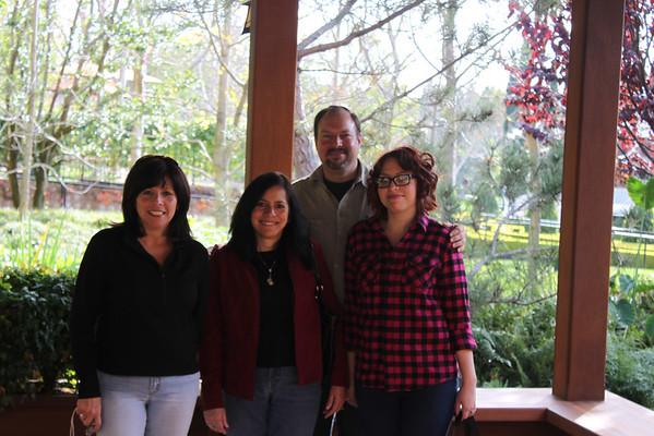 Visiting the Poteets 19 Dec 2009