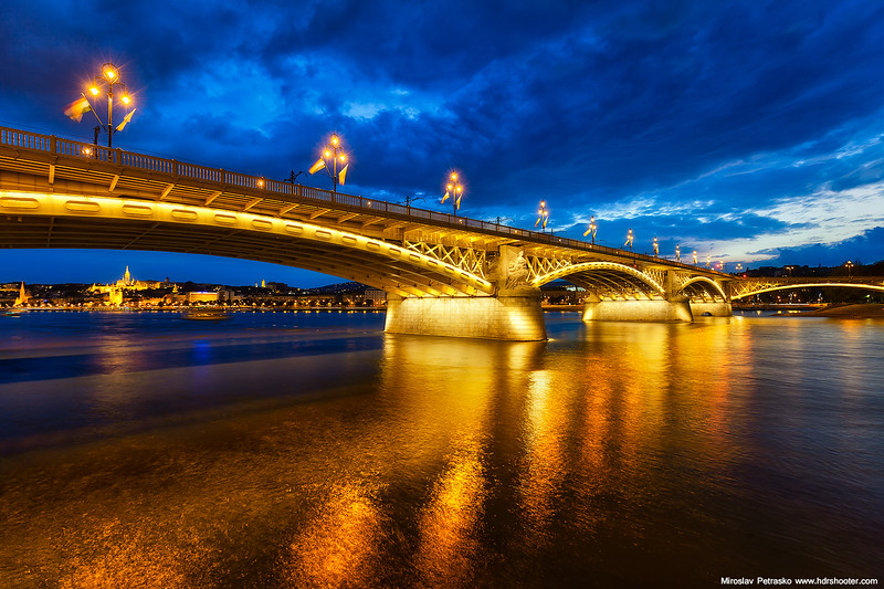 Budapest-IMG_5659-web.jpg
