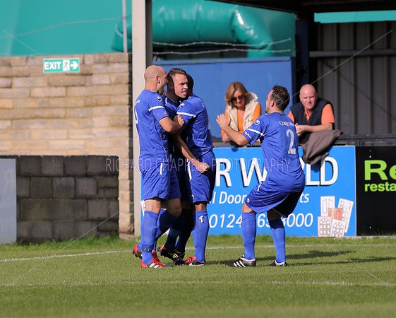 CHIPPENHAM TOWN V BADSHOT LEA MATCH PICTURES FA CUP 3 Round Qualifying