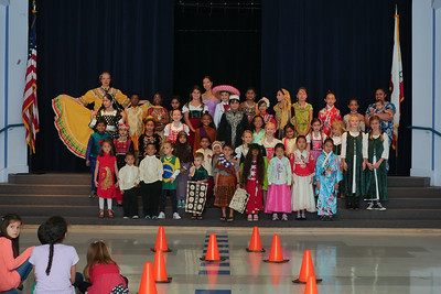 190201 CROCE ELEMENTARY MULTICULTURAL FASHION SHOW
