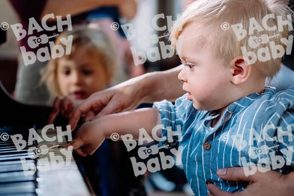 © Bach to Baby 2018_Alejandro Tamagno_Victoria Park_2018-07-11 044.jpg