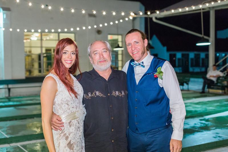 ELP1015 Tara &Phill St Pete Shuffleboard Club wedding reception 566.jpg