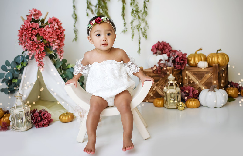 dtnewport-babies-photography_pumpkin_cakesmash-6902-Edit.jpg