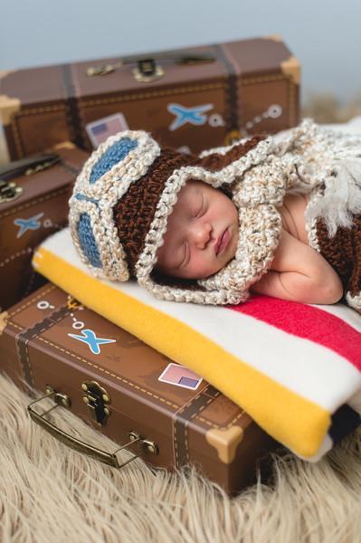 Hudson H Newborn