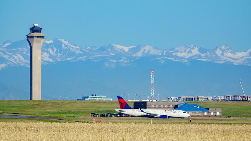 061220-airfield_faa_tower_delta-176.jpg