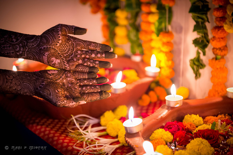 Jay Pooja Mehandi-159.jpg