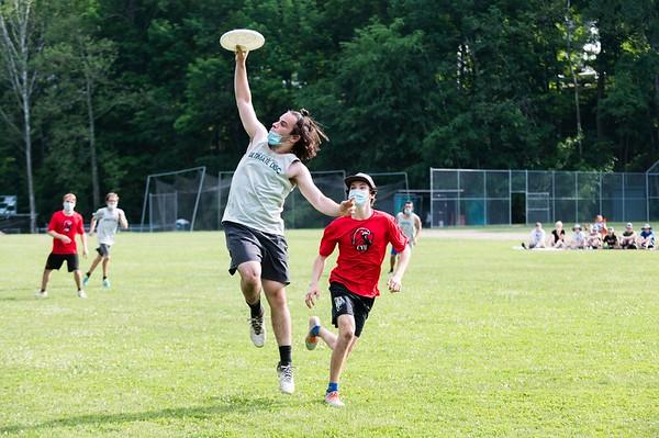 Leland & Gray hosts CVU in Ultimate Frisbee playoffs 060721
