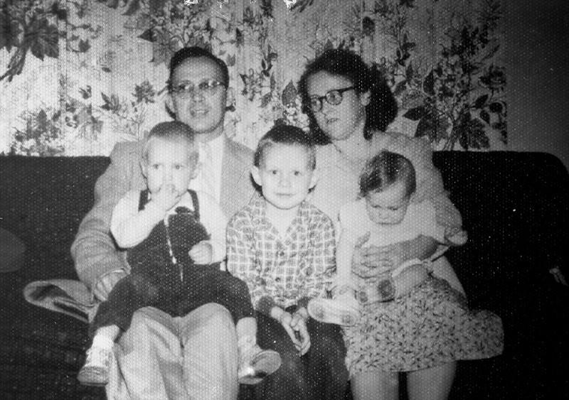 Adults; Raymond and Grace Burgin Children; Wesley, Wayne and Linda