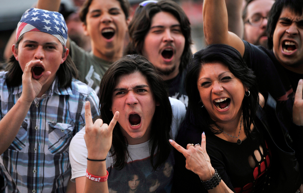 . Metal fans call out for Metallica as they work the press line before the 2013 Revolver Golden Gods Award Show at Club Nokia on Thursday, May 2, 2013 in Los Angeles. (Photo by Chris Pizzello/Invision/AP)