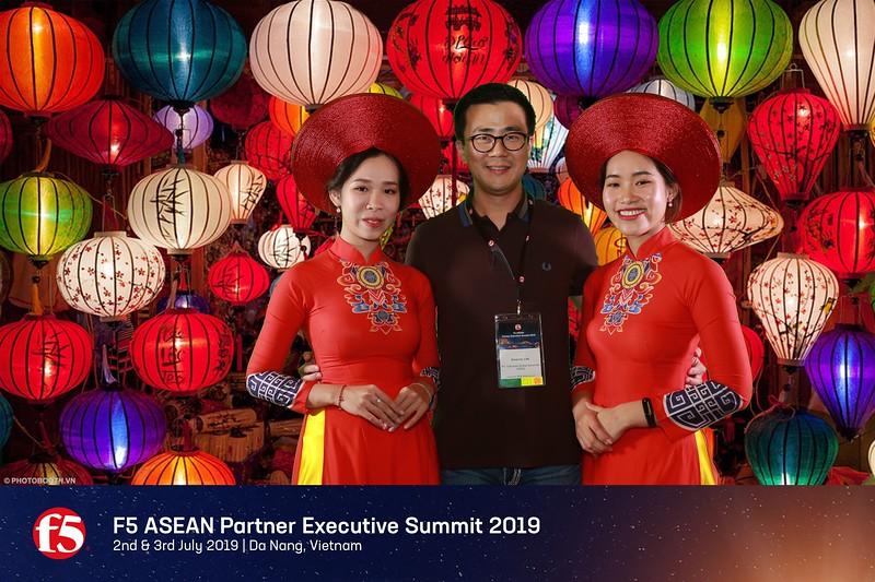 F5 Asean Partner Executive Summit 2019 @ Da Nang - Green screen (Chromakey) instant print photobooth - chụp hình phông xanh in ảnh lấy liền - Photobooth Da Nang