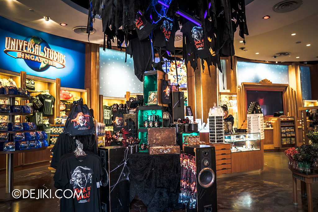 Universal Studios Singapore - Halloween Horror Nights 6 Before Dark Day Photo Report 4 - HHN6 Jack the Clown merchandise corner