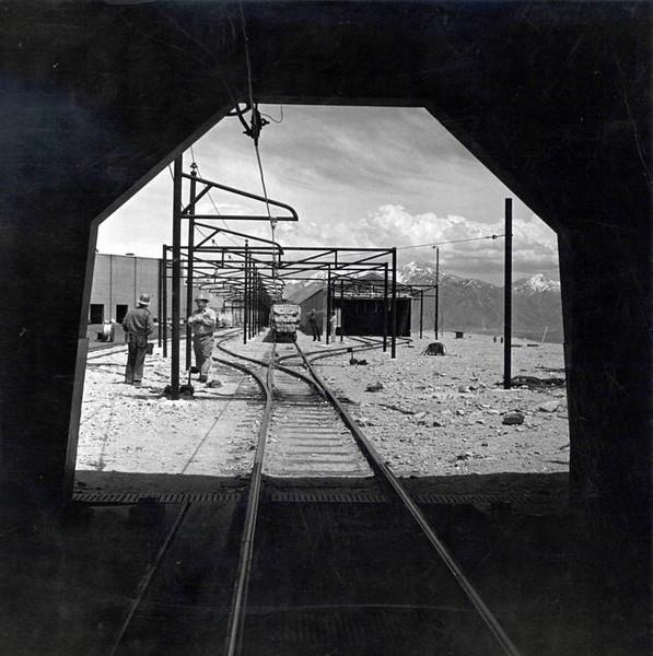 inside-lark-tunnel_weber-state.jpg