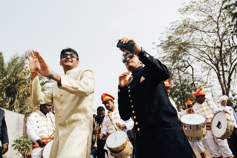 Poojan + Aneri - Wedding Day EOSR Card 1-0350.jpg