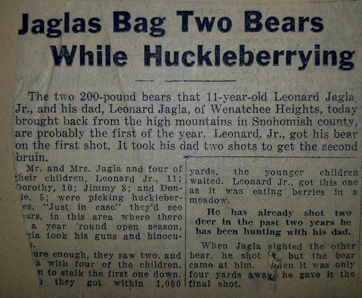 Jaglas Bag Two Bears.jpg