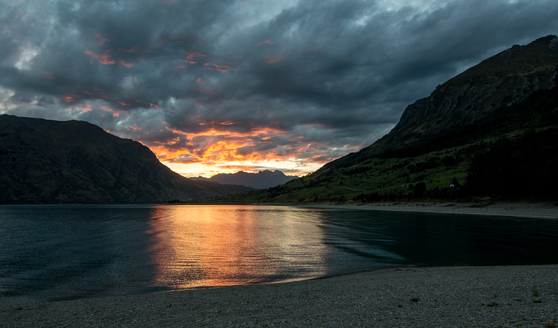 Sunset Color at hawea 3-1.jpg