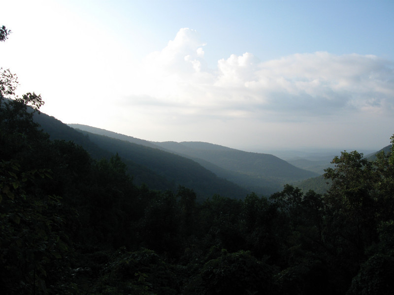 The morning view east from Walasi-Yi.