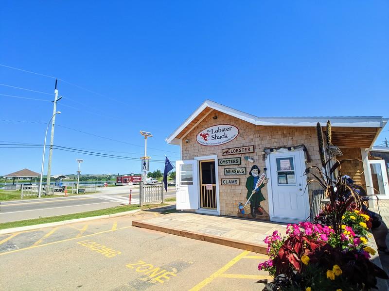 souris lobster shack exterior.jpg