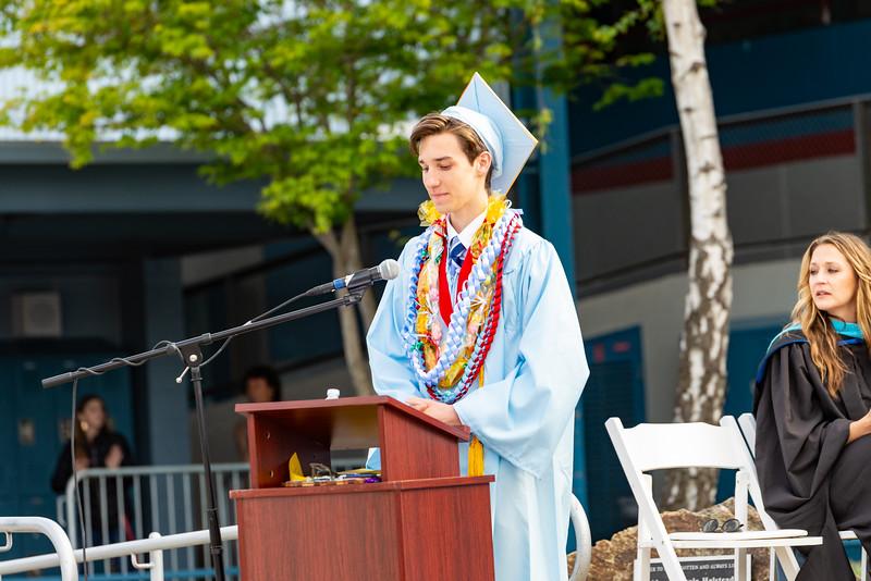 Hillsdale Graduation 2019-10291.jpg