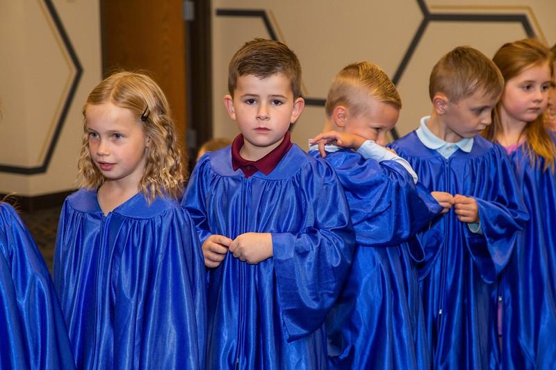 Kindergarten-Graduation_023.jpg