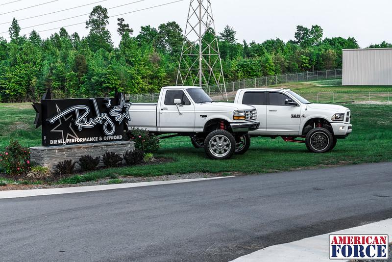 SDP-Kreg-O'Hara-White-1997-Ford-F250-24x12-Legend-@streetdieselperformance-170429-DSC06071-71.jpg
