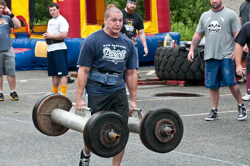 Fitness Revolution Strongman Challenge 2011_ERF3546.jpg