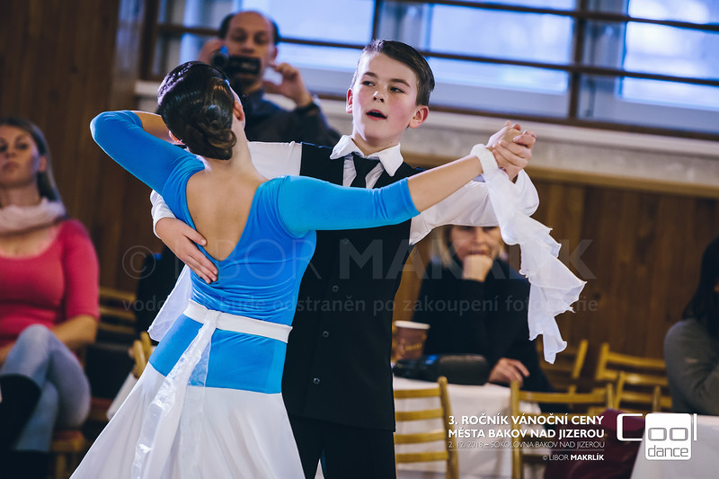 20181202-133803-1693-vanocni-cena-bakov-nad-jizerou.jpg