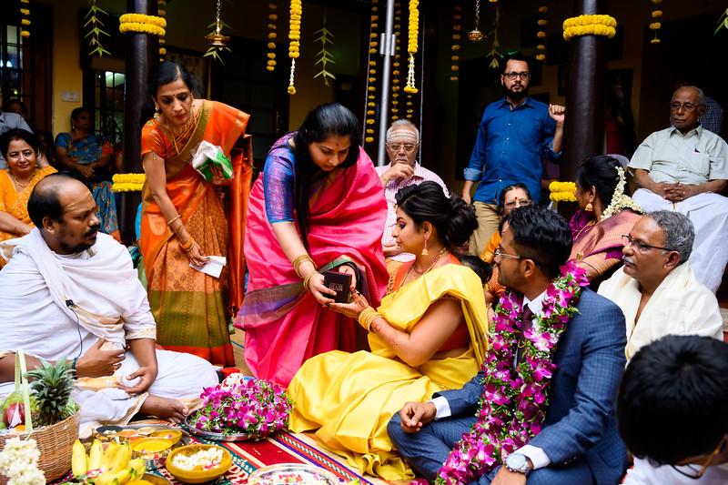 2019-12-Ganesh+Supriya-4688.jpg