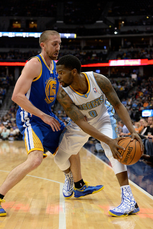 . DENVER, CO - APRIL 16: Golden State Warriors guard Steve Blake (25) traps Denver Nuggets guard Aaron Brooks (0) in the corner during the first quarter April 16, 2014 at Pepsi Center. (Photo by John Leyba/The Denver Post)