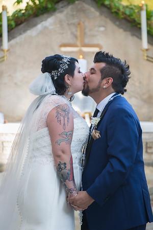 12 THE KISS